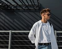 Làm sao để đàn ông trông BÉN hơn mà không cần mặc suit?