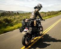 4 cách mà biker chuyên nghiệp thường dùng để mang đồ theo xe mô tô