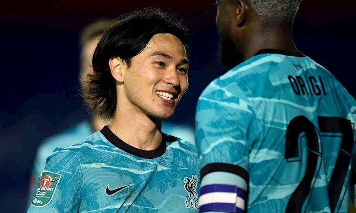 MỚI: Liverpool thắng 7-2; Ibra thách thức Cô-vi