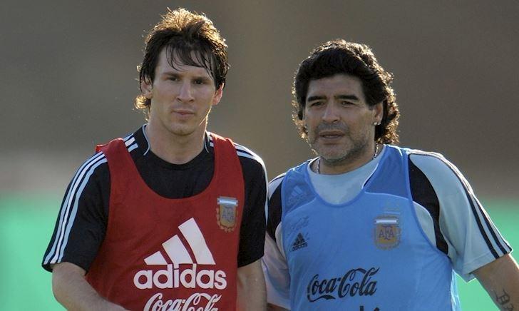 Messi bị FIFA phạt vì tội tri ân Diego Maradona