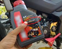 Dịp Tết, các bố nên ưu tiên sử dụng nhớt tổng hợp cho xe máy
