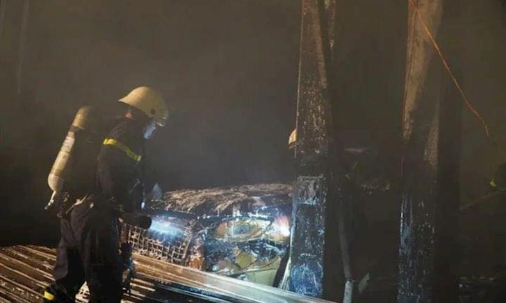 Hai chiếc  Range Rover và một chiếc Audi Q7 bị cháy rụi tại Q7
