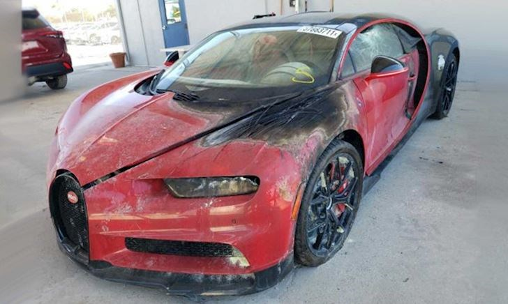 Bugatti Chiron hỏng nặng vẫn bán được với giá 9 tỷ, thật khó hiểu