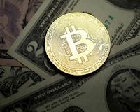 """Lên mạng khoe thắng lớn nhờ Bitcoin tăng giá một thiếu niên bị nhóm lạ mặt """"bế"""" đi"""