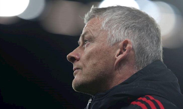 Trận thua Liverpool đánh đổi chiếc ghế HLV trưởng của Solskjaer