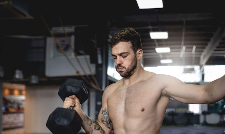 Trọn bộ bí kíp tăng cơ bắp tay cho nam giới gầy