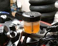 Hết dầu phanh xe máy, chẳng cần là dân chuyên cũng có thể phát hiện