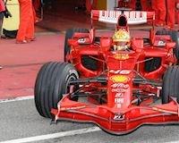 Valentino Rossi cũng đã từng tham gia giải đua xe F1