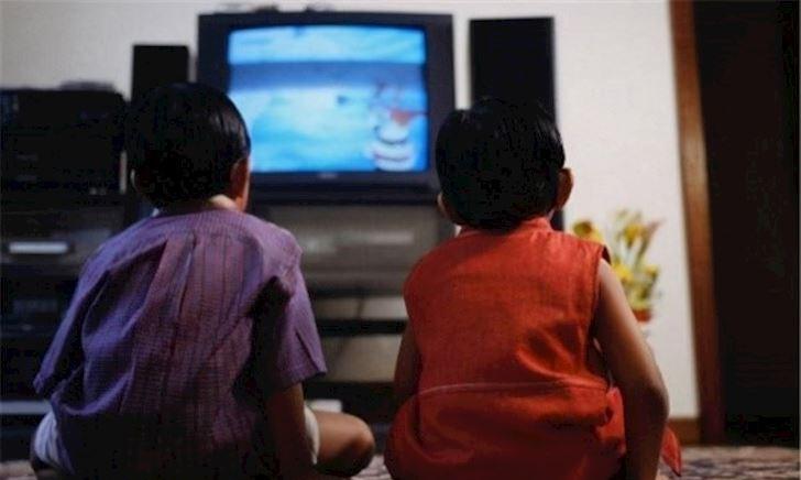 Nghiên cứu Harvard: 3 khoảng cách lớn giữa trẻ xem và không xem ti vi khi trưởng thành