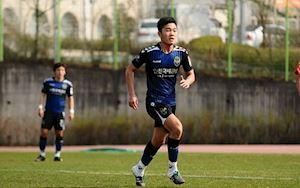 HLV Hàn Quốc chê Xuân Trường thua cầu thủ trẻ Indonesia
