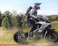 Chiếc mô tô địa hình mang mác BMW được tạo nên bởi sinh viên Đại Học