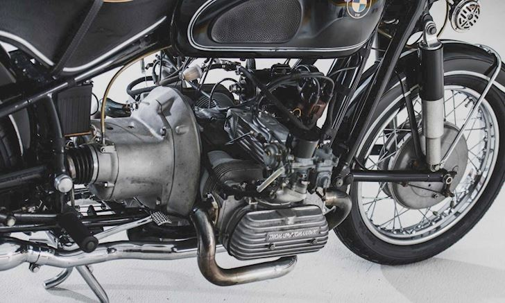 chiec-mo-to-bmw-r60-co-dien-duoc-do-dong-co-1500-phan-khoi-cua-o-to-1