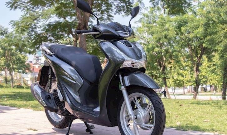 Mức giá bán Honda SH tháng 4/2021 khiến nhiều anh em phải choáng