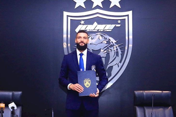 Dau-tuyen-Viet-Nam-sao-nhap-tich-Malaysia-dien-kien-Ronaldinho-1