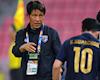 Báo Thái nghi ngờ cầu thủ không phục HLV Nishino, phải cầu cứu Kiatisak