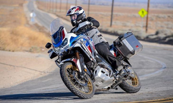 3 mẫu siêu mô tô có công nghệ sang số tự động đáng chơi nhất