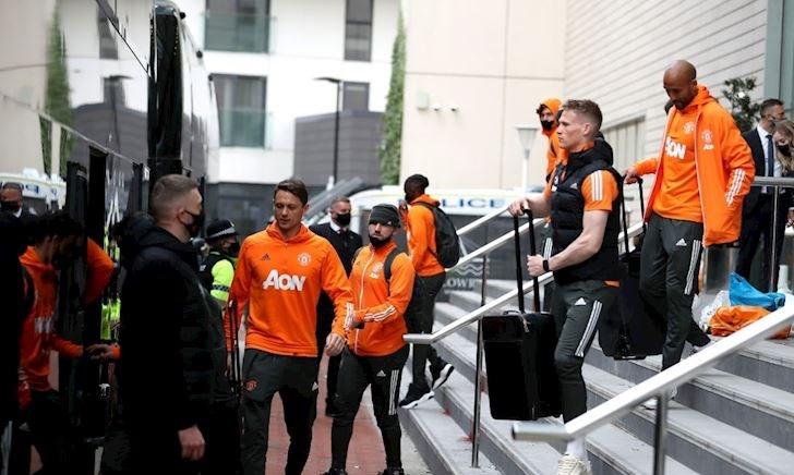 Cầu thủ MU được bảo vệ tận răng sau sự cố tại Old Trafford