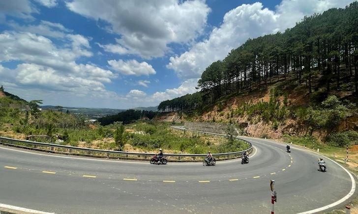 Rời Đà Lạt bằng tỉnh lộ 725 không sợ kẹt xe 17 tiếng như đi đèo Bảo Lộc