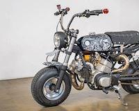 Xe khỉ trang bị động cơ 2 thì 2 xi lanh cực ngầu