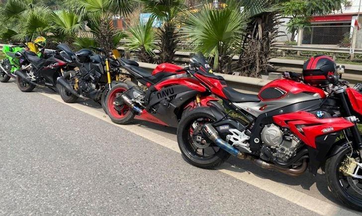 Mức phạt cho 9 xe mô tô đi vào đường cao tốc Hà Nội - Thái Nguyên