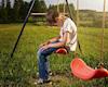 8 dấu hiệu chứng tỏ trẻ đang bị căng thẳng, bố lưu ý để giúp con giải toả