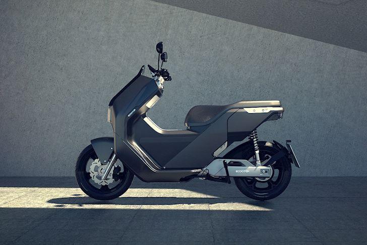 ecooter e5 mau xe may dien co pham vi hoat dong len den 200km gia 4500 euro 4