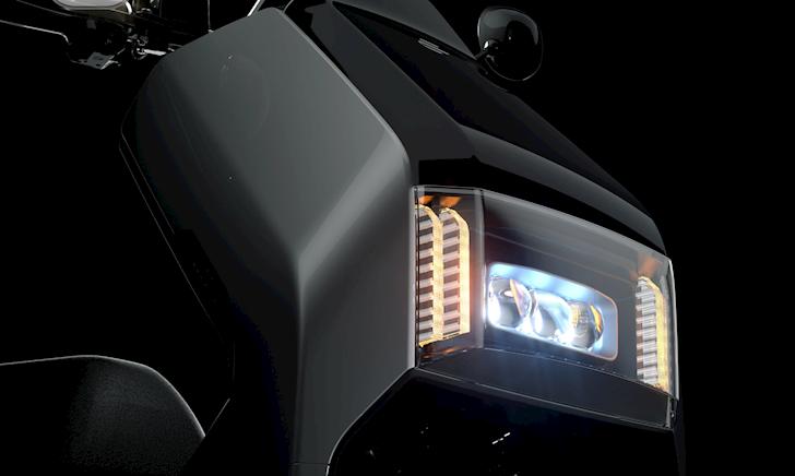Ecooter E5, mẫu xe máy điện có phạm vi hoạt động lên đến 200km, giá 4.500 euro