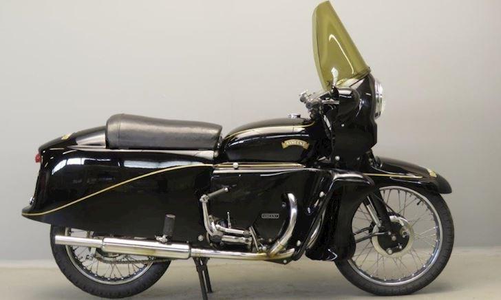 Mẫu xe lạ Vincent Black Knight năm 1955 hiếm có, mời anh em cùng xem