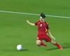 Văn Toàn bị báo Trung Quốc gọi là diễn viên bóng đá, sánh vai Rivaldo