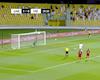 TRỰC TIẾP Việt Nam 2-3 UAE: Việt Nam làm nên lịch sử (Kết thúc)