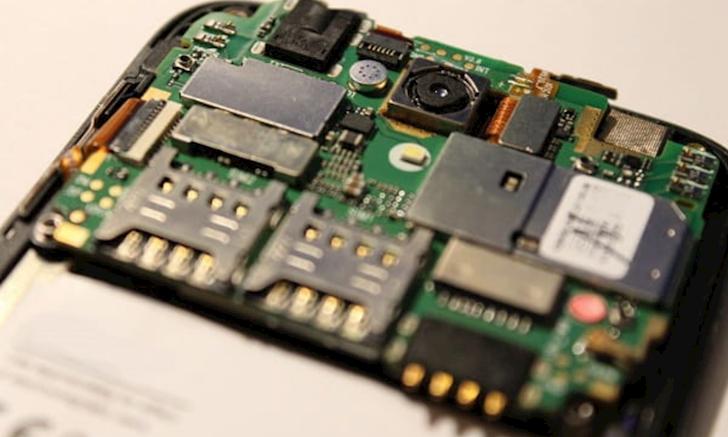 Dien thoai Android bay gio RAM 3 4GB khong choi duoc game dau dung nghe loi quang cao cua NSX