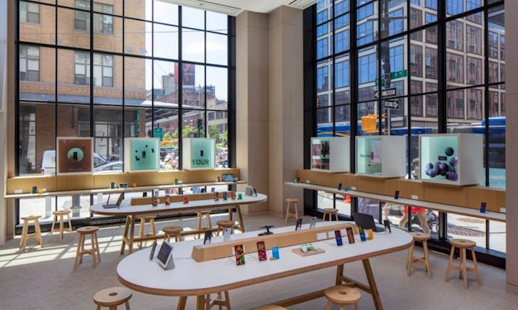 Mời anh em tham quan một vòng cửa hàng đầu tiên của Google, trong đó toàn đồ công nghệ đỉnh cao
