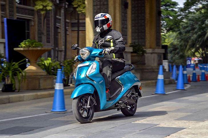 yamaha fascino 125 hybrid ra mat xau hon grande blue core hybrid ban tai viet nam 2