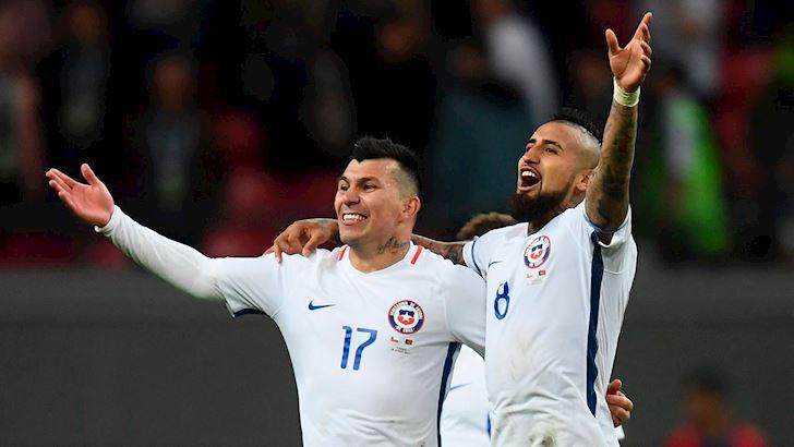 6-cau-thu-Chile-dan-chan-dai-vao-khach-san-du-dang-da-Copa-America-1