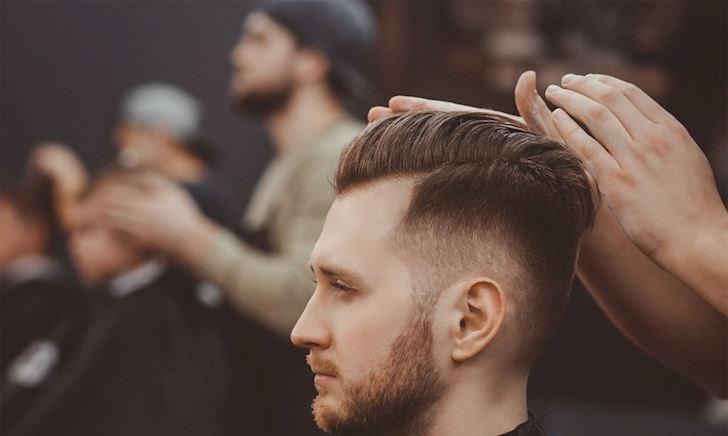 3 kiểu tóc nam ngắn hợp với khuôn mặt đàn ông Việt, cứ xuống tóc là phong độ ngời ngời