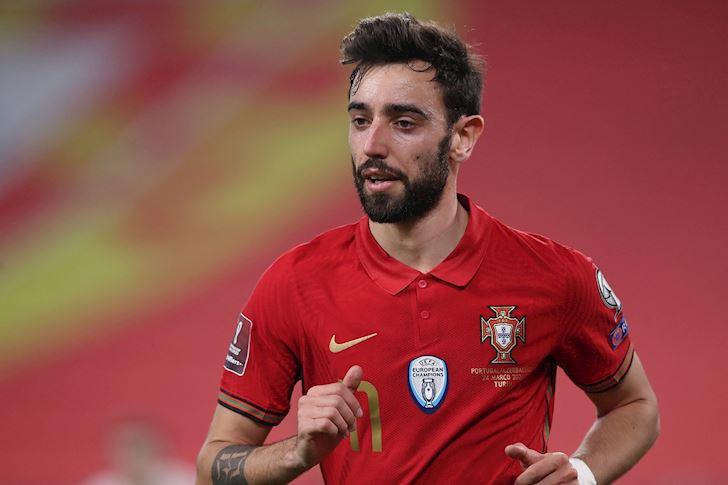 88-phut-cua-Sanches-bien-Bruno-Fernandes-thanh-nguoi-thua-o-EURO-1