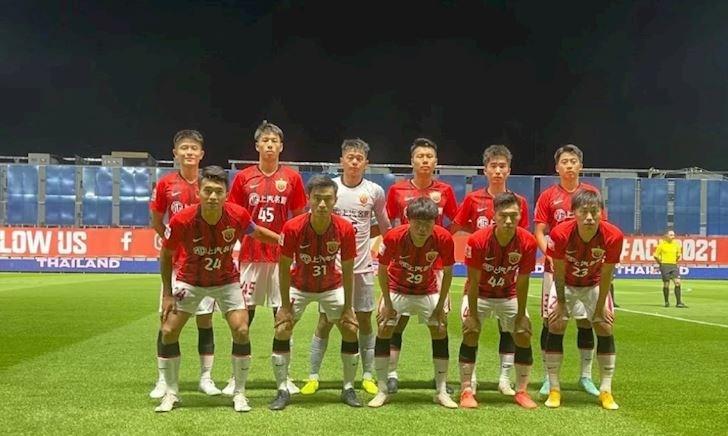 Cầu thủ Trung Quốc mất luôn việc làm sau khi bị loại khỏi cúp C1