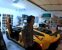 Johnny Đặng mua Lamborghini Aventador SV chỉ vì bạn nói đẹp
