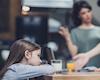 8 hành vi của cha khiến tương lai con gái mịt mù