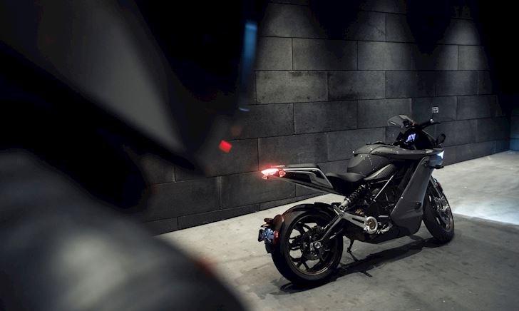 Chương trình đổi xe chạy xăng thành xe điện, anh em biker dám thử
