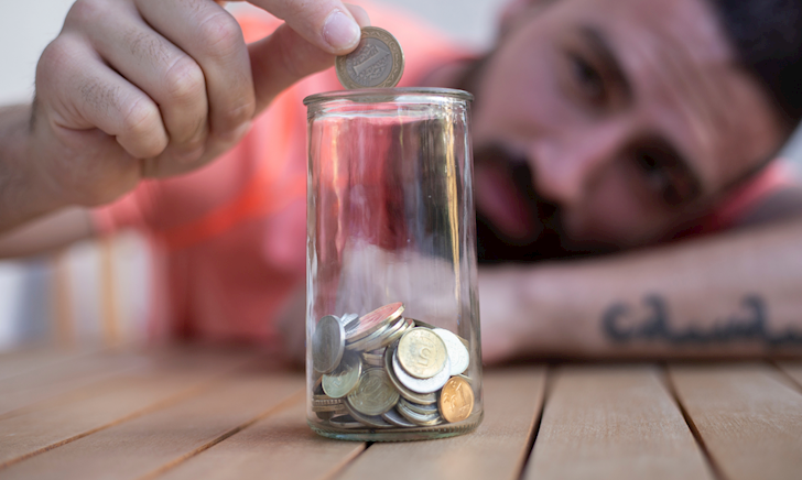 6 cách để anh em tiết kiệm tiền ở tuổi 20