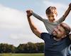 2 tính cách đặc trưng của bố giúp con trai khỏe mạnh, tương lai xán lạn