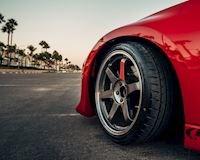 Có thể anh em chưa biết, lốp ô tô cũng có giới hạn tốc độ
