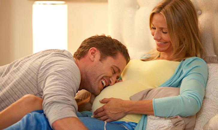 3 việc bố làm khi vợ mang thai khiến mẹ rầu rĩ, con thiệt thòi