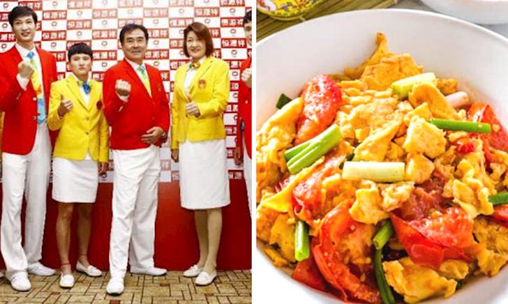 """Trang phục thảm hoạ của Đoàn Trung Quốc tại Olympic, tệ hơn """"cà chua xào trứng"""""""
