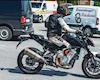 Có vẻ KTM đang hồi sinh lại Duke 990 đấu Z1000