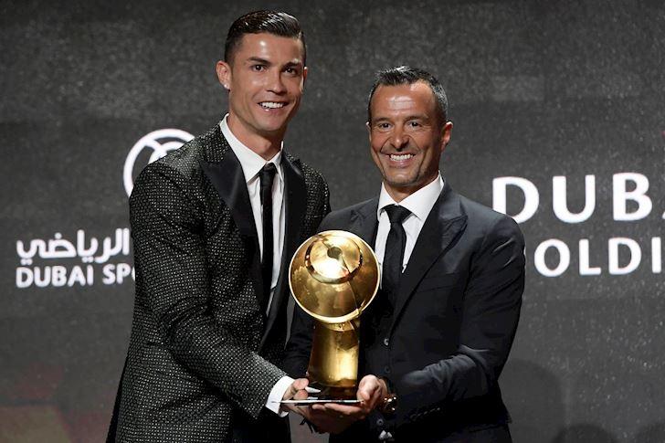 Sieu-co-Mino-Raiola-dan-dau-danh-sach-bao-tien-CLB-bo-xa-dai-dien-Ronaldo-2