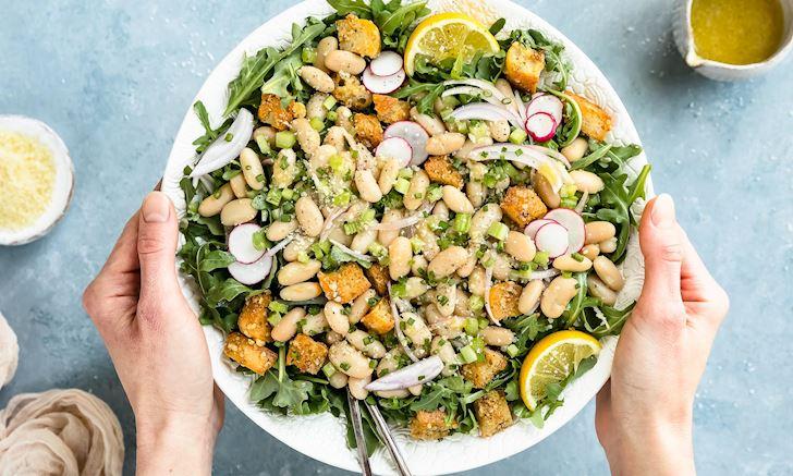 Để chuẩn bị cho bữa healthy, kiểm soát tốt calo, hãy lên kế hoạch xây dựng thực đơn bằng những thực phẩm ít calo.6