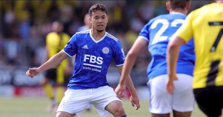 Sao-tre-Thai-Lan-ra-mat-tham-hoa-o-doi-mot-Leicester-City-1