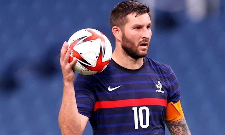 'Cụ ông' Gignac ghi bàn như máy, dẫn đầu cuộc đua Vua phá lưới Olympic